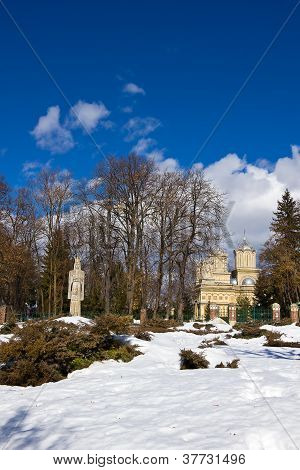 Curtea de Arges monastery in winter