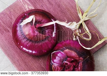 Crimean Sweet Onion On Wooden Board. Large Whole Onions Red Onions For Salads