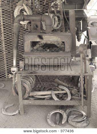 Horse Shoe Oven