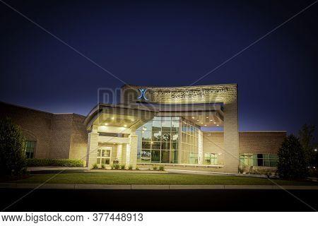 Vidalia, Georgia / Usa - March 13, 2020: Facade Of Meadows Regional Medical Center's Tommy And Shirl