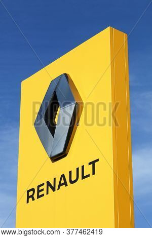 Villefranche, France - March 8, 2020: Renault Logo On A Panel. Renault Is A French Car Manufacturer