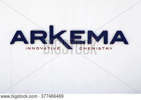 Pierre Benite, France - May 21, 2020: Arkema Sign On A Wall. Arkema Is A Specialty Chemicals And Adv