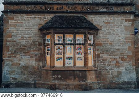 Stow-on-the-wold, Uk - July 6, 2020: Thank You Nhs And Rainbow Signs Displayed In Front Window Of A