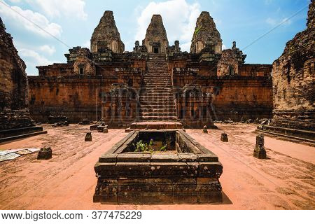 Angkor Wat Buddhist Temple In Cambodia, Khmer Empire Siem Reap Southeast Asia