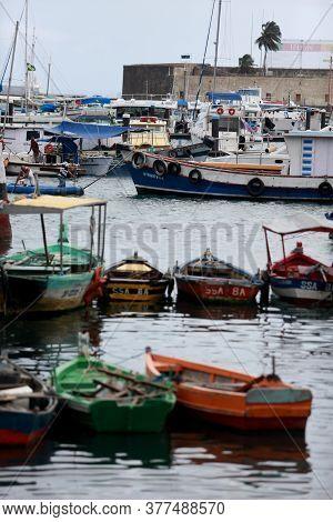 Salvador, Bahia / Brazil - May 23, 2015: Boats Are Seen On The Modelo Market Ramp At Todos Os Santos