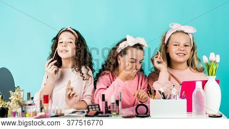 Stylish Beauty. Three Friends With Happy Face. Smiling Girls Friends Have Fun On Spa Beauty Salon Pa