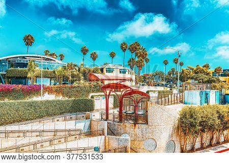 City Views, Santa Monica Streets - A Suburb Of Los Angeles. California.usa.