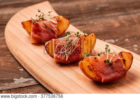 Buffet Reception, A Snack On A Holiday Grilled Peach With Prosciutto, Microgreen.