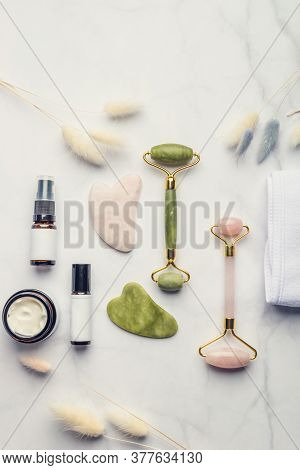 Jade Face Rollers And Gua Sha Stones For Beauty Facial Massage Therapy, Items For Home Treatment Wit