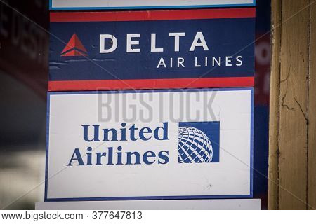 Belgrade, Serbia - May 9, 2020: Delta And United Airlines Logos On Their Local Retailer For Serbia.