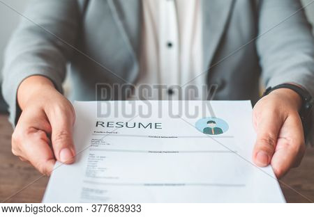 Hr Managers Offer Job Applications To Job Applicants To Fill Out A Resume On The Job Application For