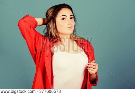 Pampering Routine. Hairdresser Salon. Damaged Hair. Self Care. Extra Volume. Hair Crimping Method St