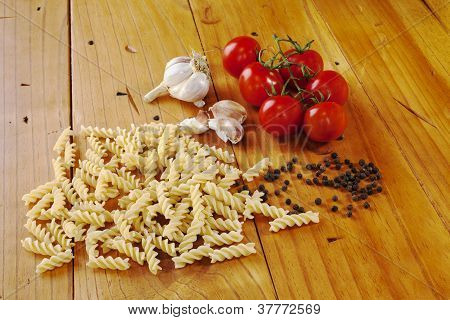 Raw Pasta Tomatoes Garlic Black Pepper
