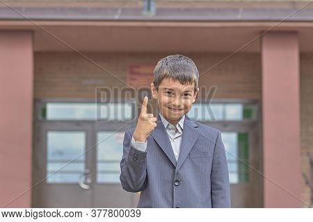Boy Shows One Finger Back To School September 1 1st Grade