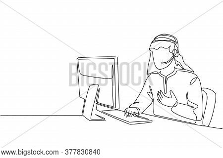 One Single Line Drawing Of Young Arabian Man Wearing Scarf Receives Complaint Call From Customer Abo
