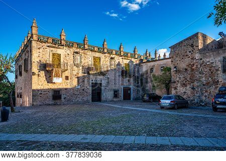 Caceres, Spain - November 08, 2019: Caceres Museum In Spain At Extremadura. Image Shot From The Publ