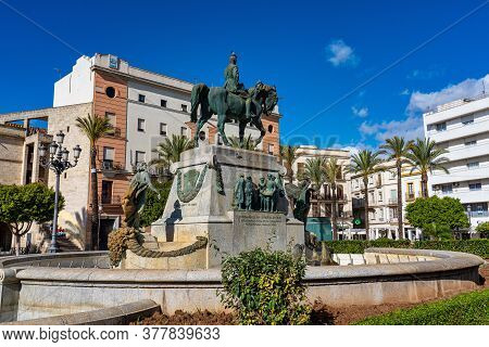 Jerez De La Frontera, Spain - Nov 15, 2019: Statue To Miguel Primo De Rivera In The Plaza Del Arenal