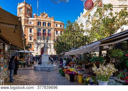 Cadiz, Spain - Nov 16, 2019: The Plaza De Topete Aka Plaza De Las Flores With The Main Post Office I
