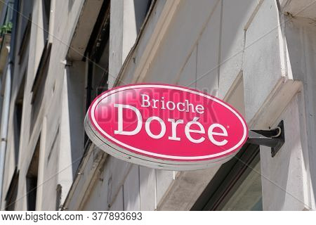 Bordeaux , Aquitaine / France - 07 22 2020 : Brioche Doree Shop Text Logo And Sign On Wall Bakery St