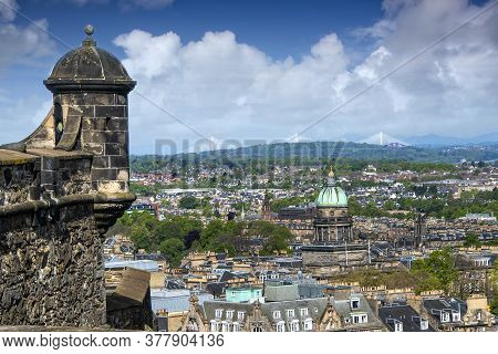 Edinburgh, Scotland - May 12, 2019: Scenic View Of The City Of Edinburgh From The Edinburgh Castle,