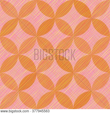 Interlacing Circles Parts Vibrant Seamless Vector Pattern. Guatrefoil Flower Pink Tessellation Endle