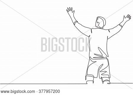 One Continuous Line Drawing Of Sporty Young Soccer Player Spreading His Arms And Screaming Loudly On