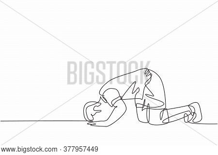 One Single Line Drawing Of Sporty Football Player Celebrates His Goal With Sujud Of Gratitude Gestur