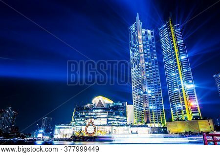 Bangkok Thailand - November 10, 2018: Icon Siam River Side Department Store Grand Opening With Light