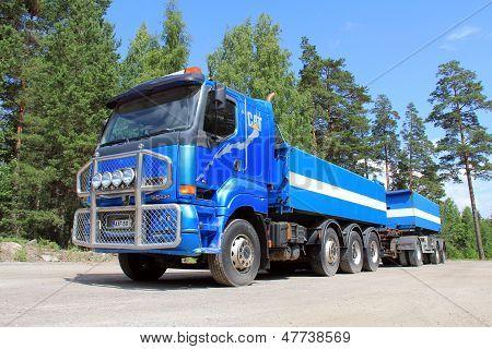 Blue Sisu 18E630 Heavy Duty Truck