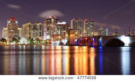 West Palm Beach, Florida, USA skyline.