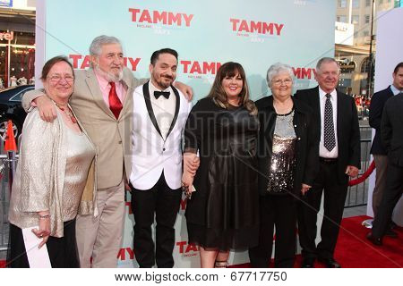 LOS ANGELES - JUN 30: Peg Falcone, Steve Falcone, Ben Falcone, Melissa McCarthy, Michael McCarthy, Sandra McCarthy at the