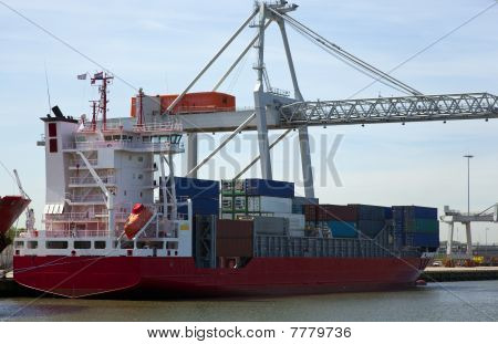 Containership1