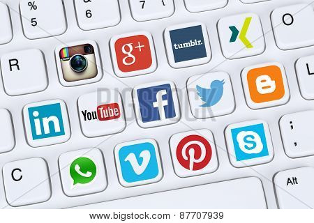 Social Media Icons Like Facebook, Youtube, Twitter, Xing, Whatsapp And Skype