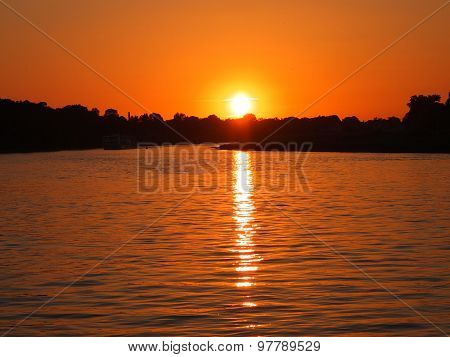 Sunset over the Elbe