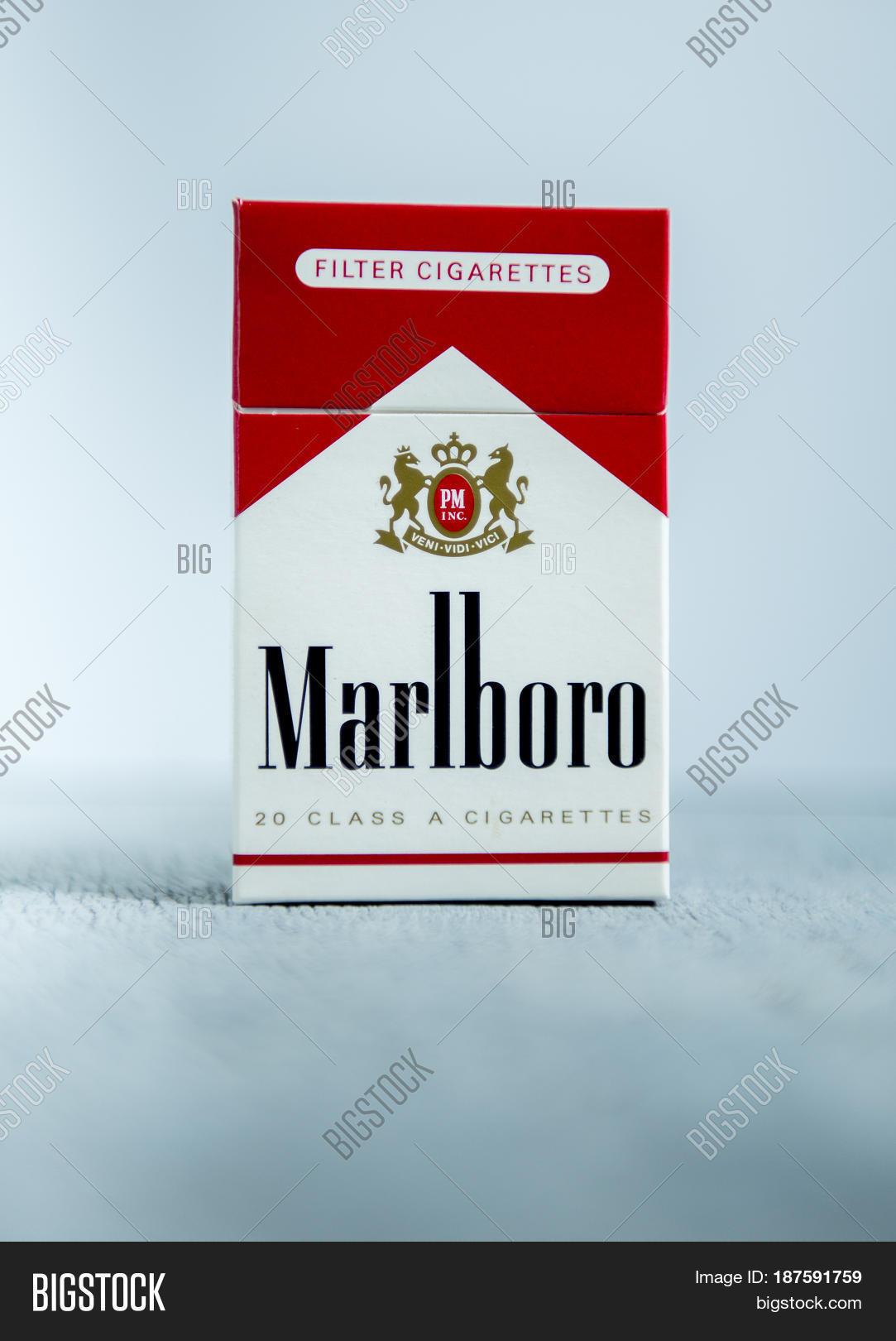 Buy cigarettes Marlboro shop