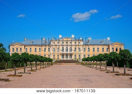 Rundale Palace is the most important Baroque palace Latvian