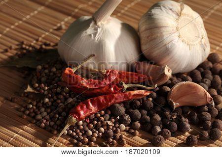 Garlic ingredients garlic bulb garlic clove spice spices variety of spices