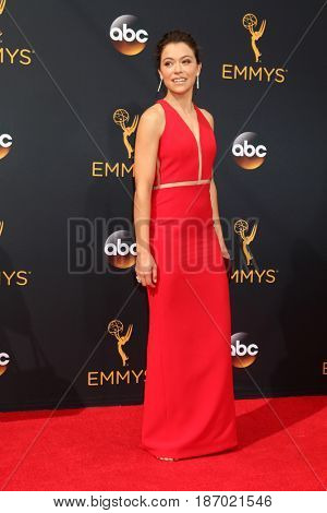 LOS ANGELES - SEP 18:  Tatiana Maslany at the 2016 Primetime Emmy Awards - Arrivals at the Microsoft Theater on September 18, 2016 in Los Angeles, CA