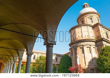 Italy Bologna the cloister of the St Domenico basilica