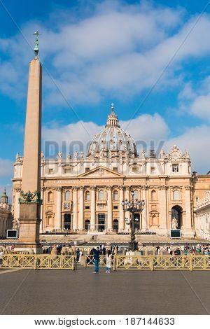 VATICANO, ROME, ITALY - 13.04.2017: Basilica di San Pietro in Vatican Rome Italy