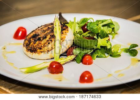 Grilled cheese with fresh vegetables and tomato