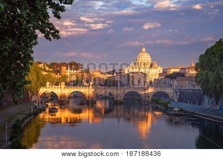 Famous Citiscape View Of St Peters Basilica In Rome