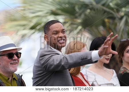 Will Smith attends the Jury photocall during the 70th annual Cannes Film Festival at Palais des Festivals on May 17, 2017 in Cannes, France.