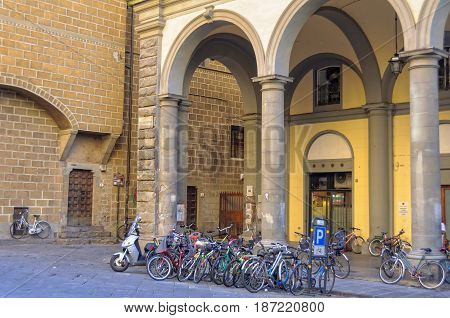 Bicycle parking in Pellicceria Street (Via) - Florence Tuscany Italy