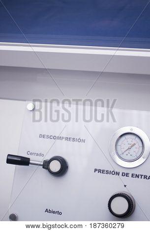 Hyperbaric Oxygen Tank Chamber