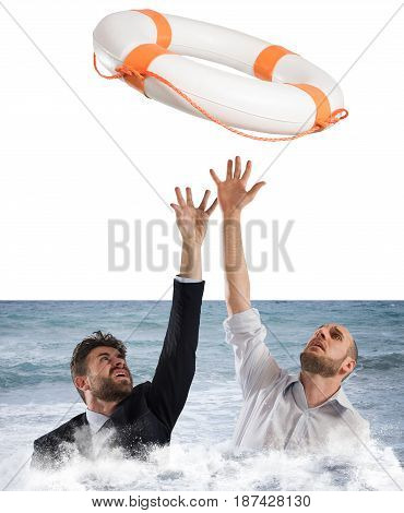 Lifesaver launched a drowning business men in the sea