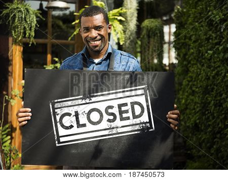 Closed unavailable finished shut blocked