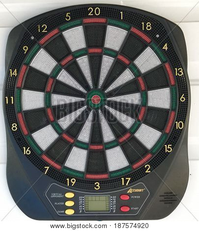 Electronic multiplayer dart board with preset games