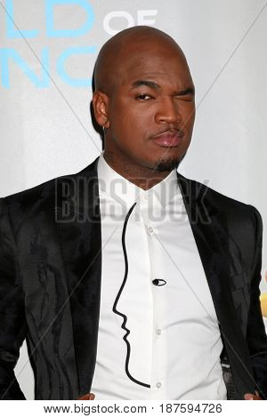 LOS ANGELES - JAN 25:  Ne-Yo, aka Shaffer Chimere Smith at the