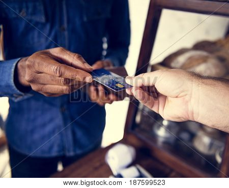Customer and seller payment with credit card